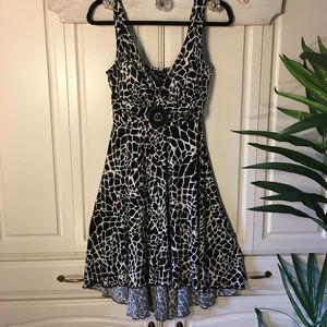 Enfocus Studio Dresses - Enfocus Sundress Black/White Animal Print Size 10P